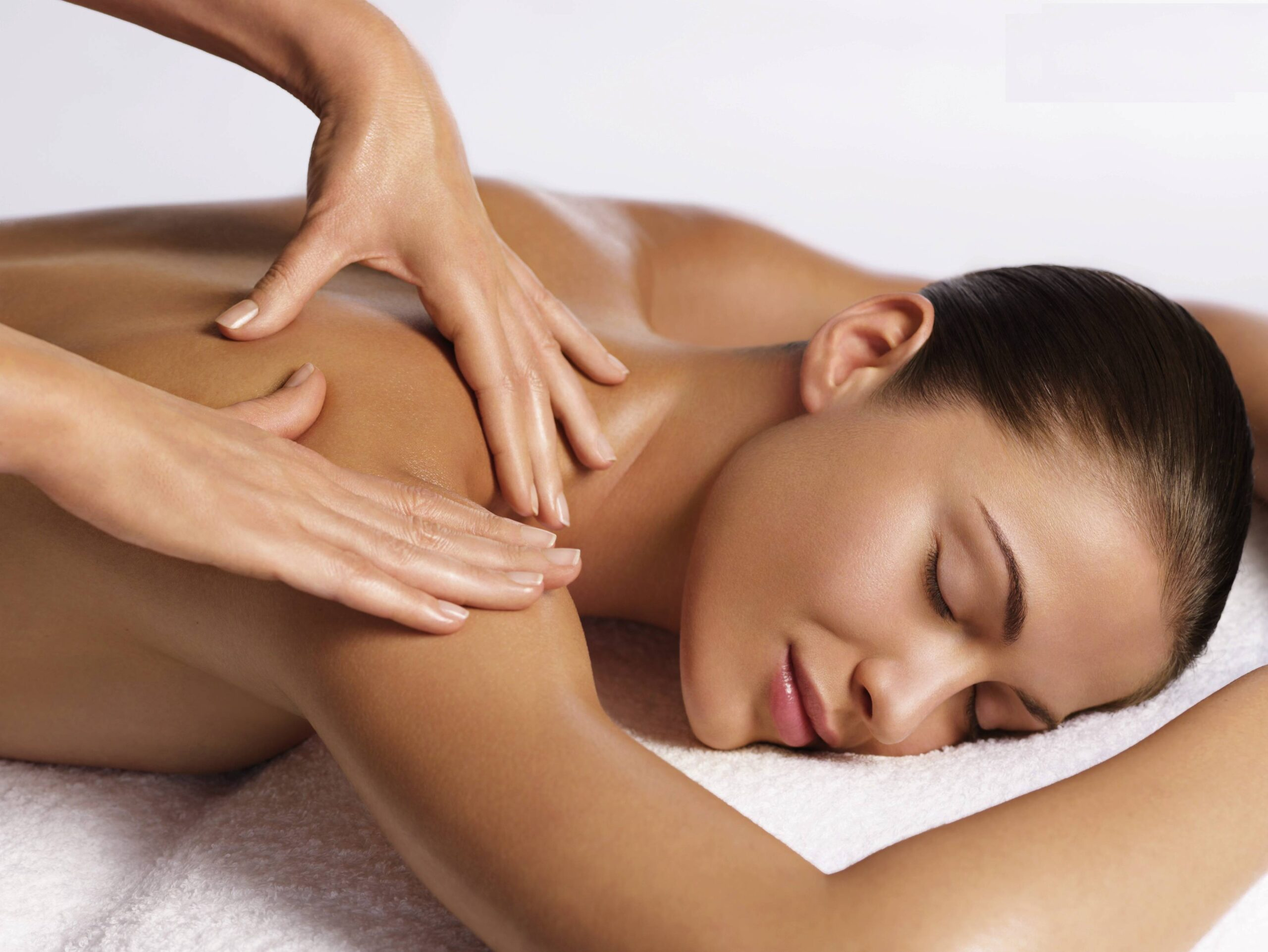 5 Relaxing massages (60 min.)