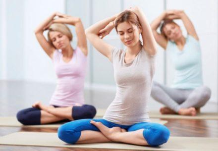 yoga collo e schiena